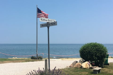 Lake Erie Cottage Getaway w/ Private Beach Access