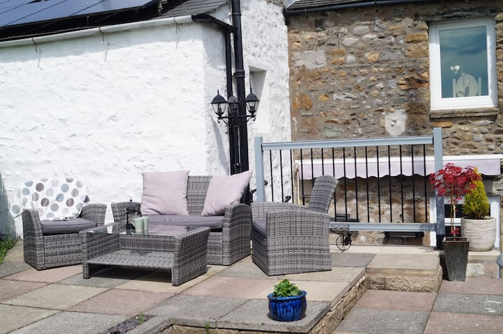 Rowan Cottage, a cosy retreat in the Dales