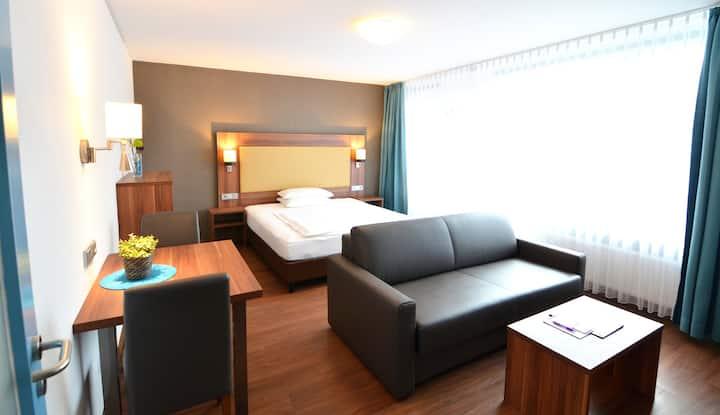 modernes Hotelzimmer/Balkon für 1-2 Pers. (Typ L)