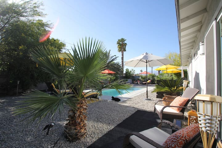 ❤Your OWN PRIVATE POOL and CASITA!
