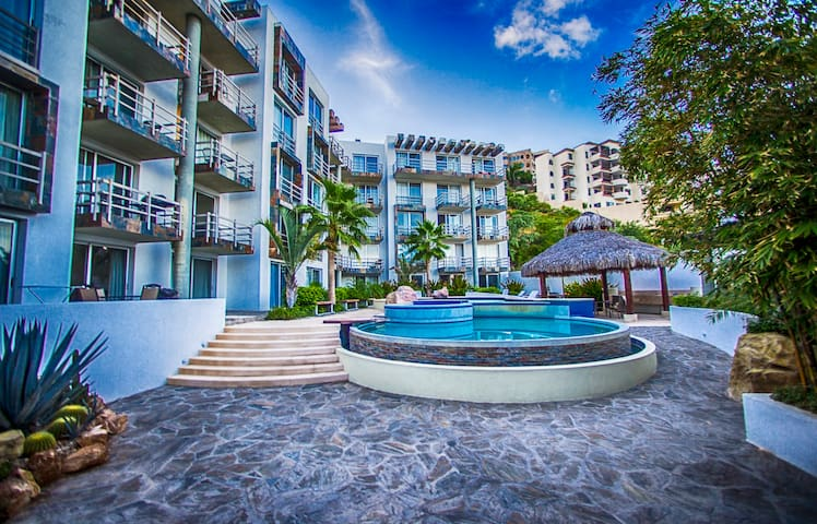 Beautiful condo in Pedregal