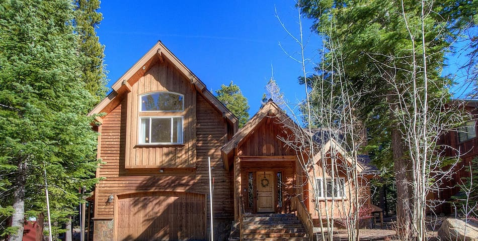 Wonderful 3 BR Home Located on The West Shore of Tahoma