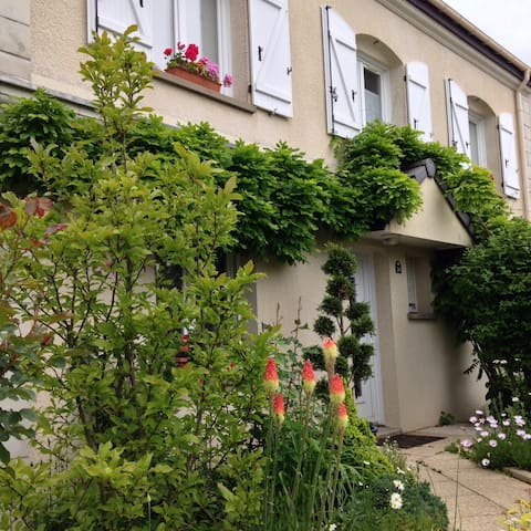 Suite de 2 chambres séparées à Reims-Tinqueux