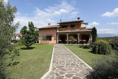 Casa in campagna ad una sola ora da Roma - Contigliano - Bed & Breakfast
