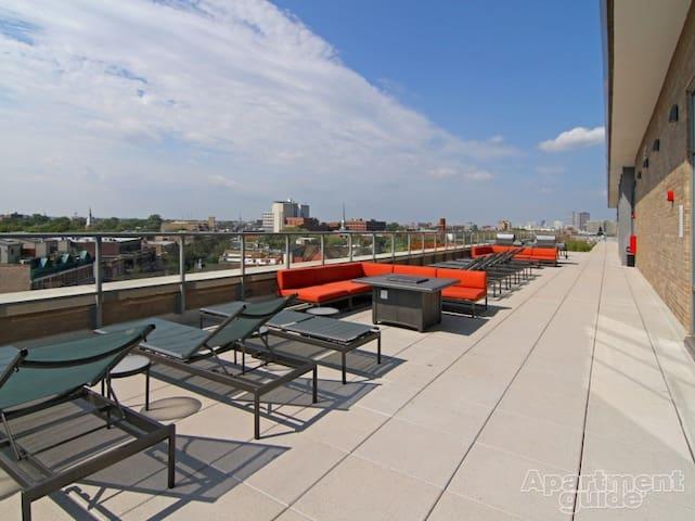 Incredible City Scape View in Lincoln Park - Chicago - Apartamento
