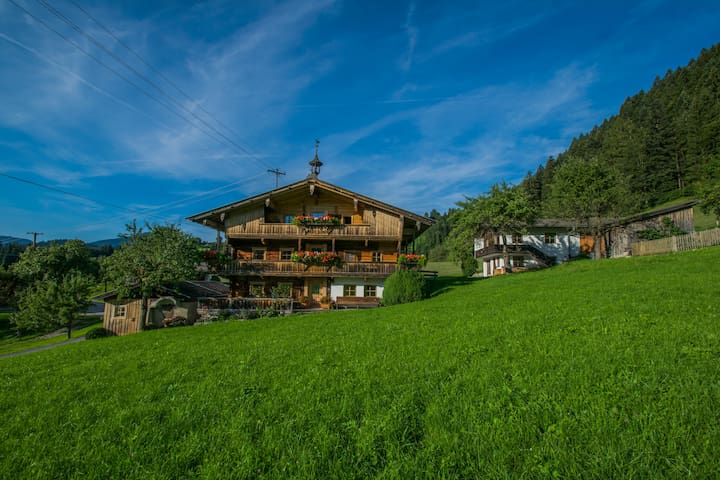 schönes Bauernhaus mit Panoramablick - Reith im Alpbachtal - House