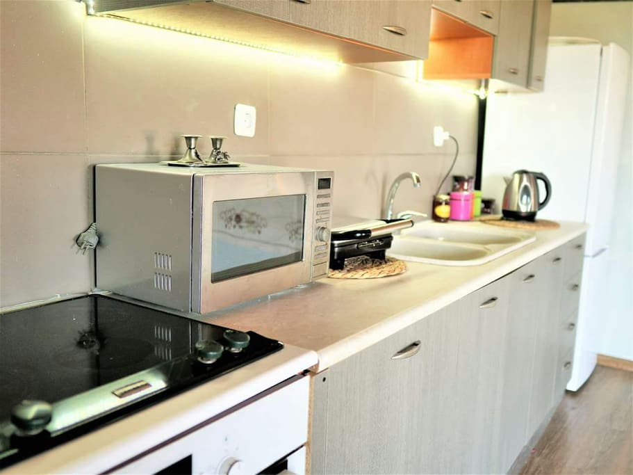 big kitchen with all the nesecary equipment