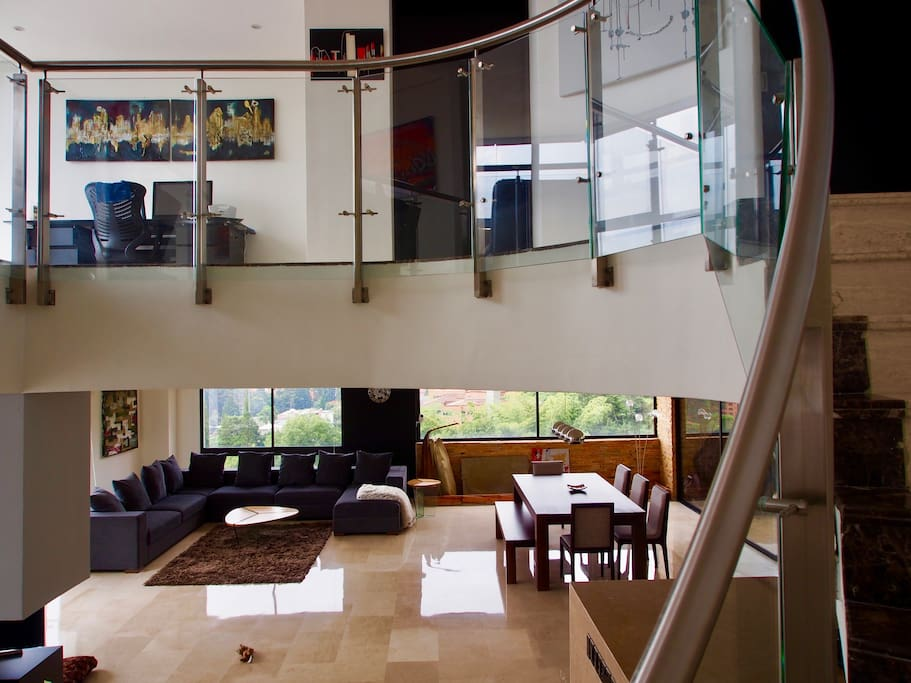 Duplex with first floor and the upstairs galerie,  3 bedrooms.