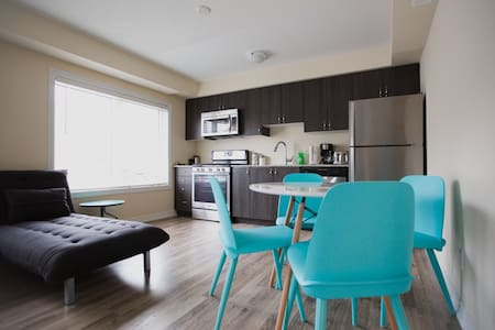 Beautiful 1 Bed 1 Bath Condo New - Collingwood - Apartment - 1