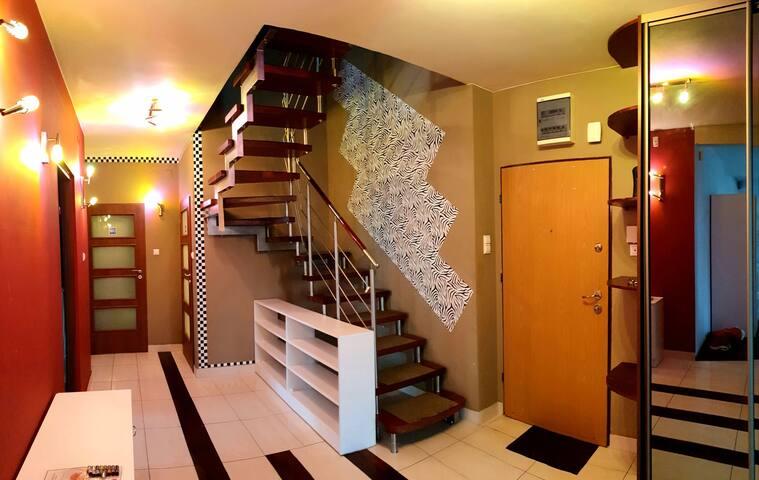 F&I apartments woman 1