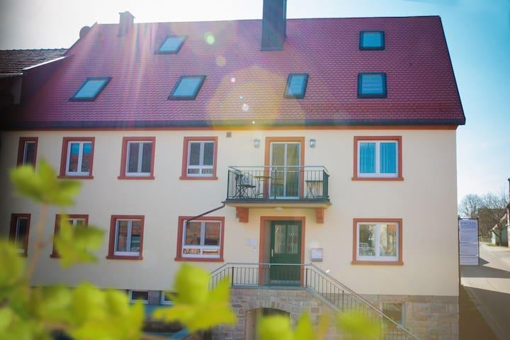 Weigenheim, Zuhause mit Aussicht
