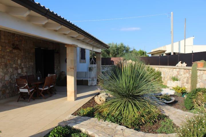 Villa indipendente a pochi km da Leuca