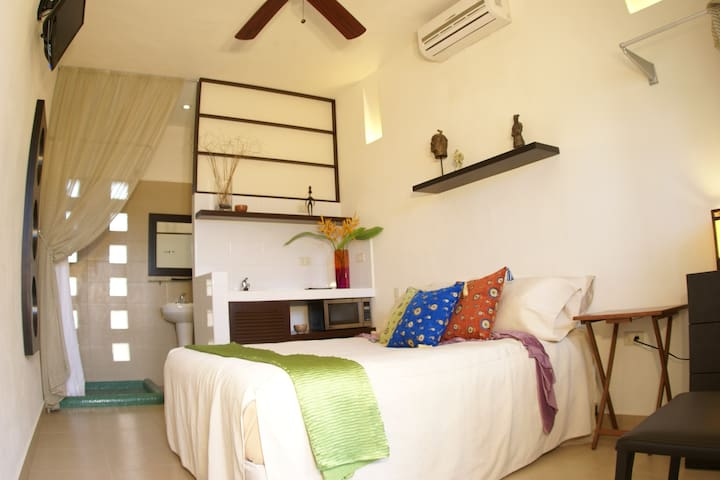 Immaculately Clean, Quiet, and Safe - Cancún - Departamento