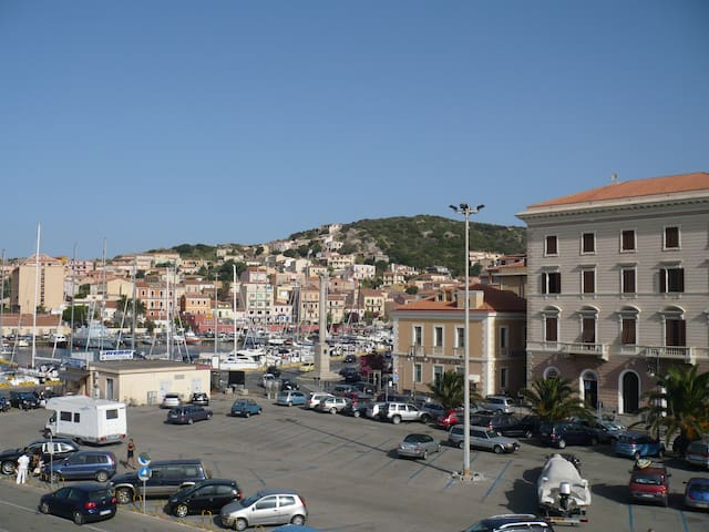 La Maddalena - down town