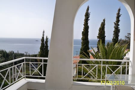 Panoramic seaview studio - Anavyssos - Loft