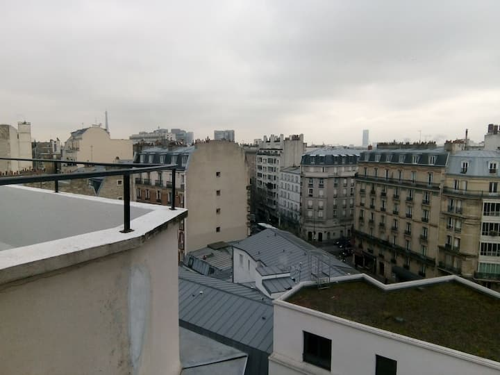 Chambre avec vue sur tour Eiffel