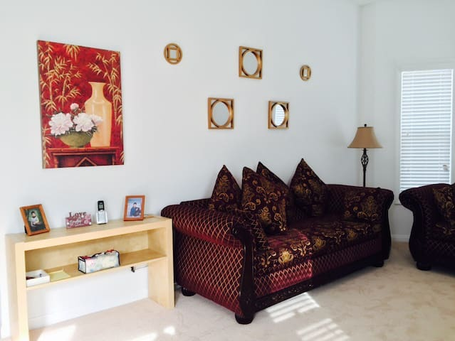 Spacious and Cozy Independent Cottage 葡萄園独立小别墅️ - Rancho Cucamonga - Casa