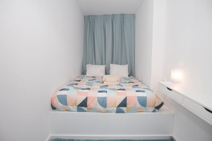 Porto Automatic Room 2