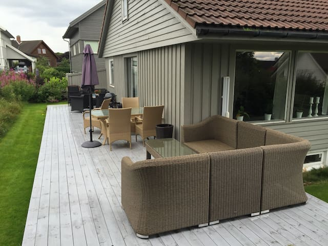 Villa for rent during ONS (5 min walk to ONS)