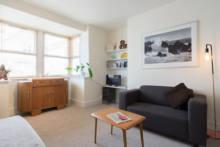 Comfortable and Clean Flat - Great Location