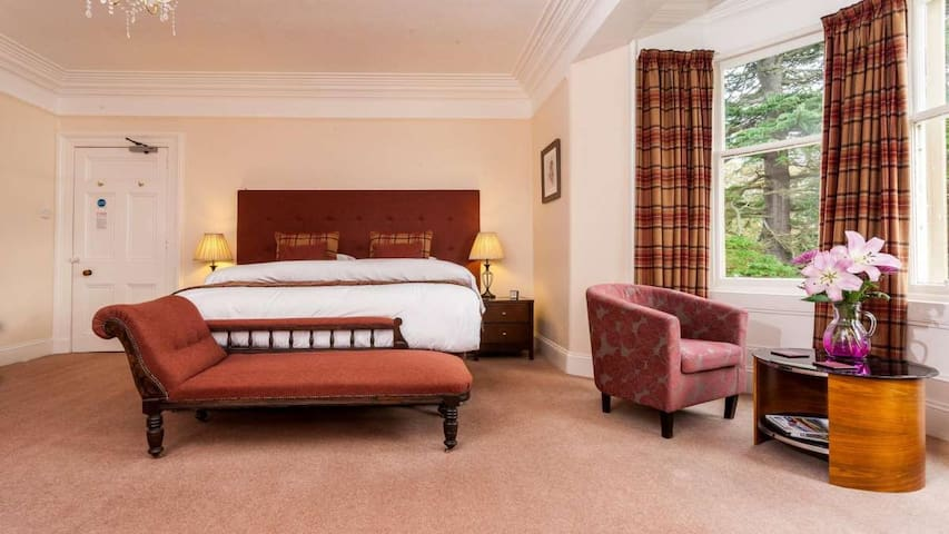 Superking room highland guest house by the sea