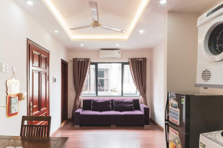 Bright & Mordern 1BR - Downtown*10min to West Lake