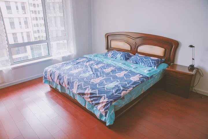 龙湾海滨近海一居室精装海景房