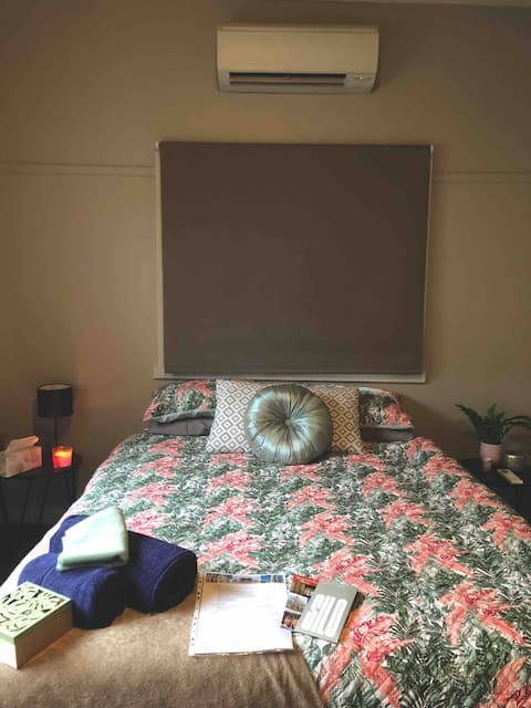 Cosy Private Room in the Heart of Warracknabeal