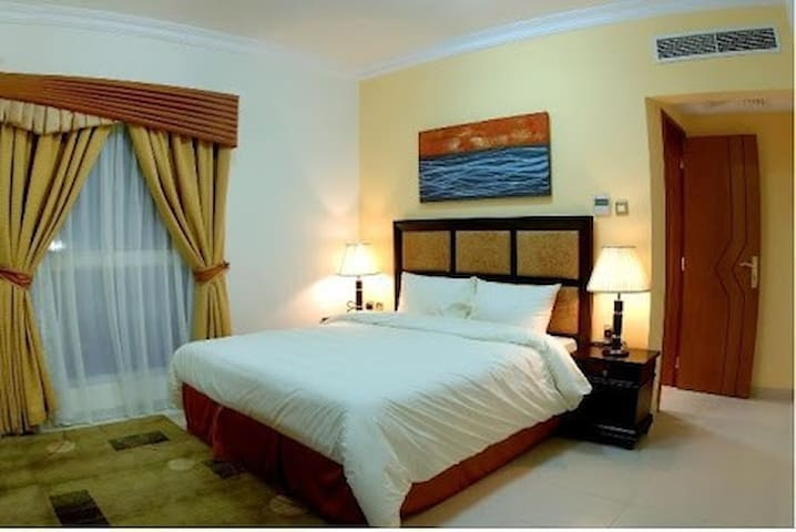 Fully furnished & Spacious Room for Rent - Doha - Byt