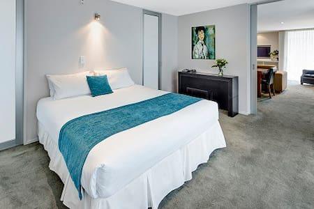 Picton Yacht Club Penthouse Apartment