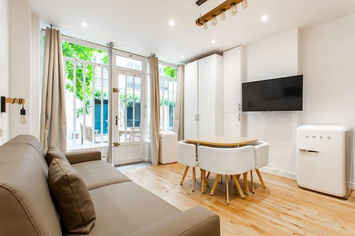Luxury flat in Place des Vosges - Marais