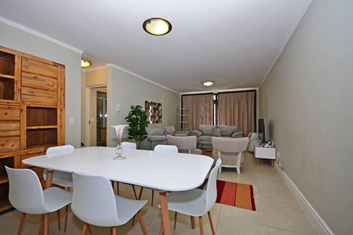 2bedroom Quayside Apartment-De Waterkant,Cape Town