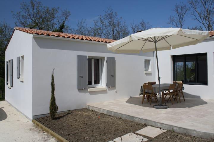 Maison calme, spacieuse avec belle vue - La Brée-les-Bains - Casa