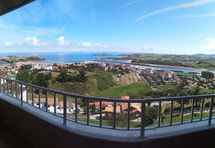 Apartment with stunning views in Suances