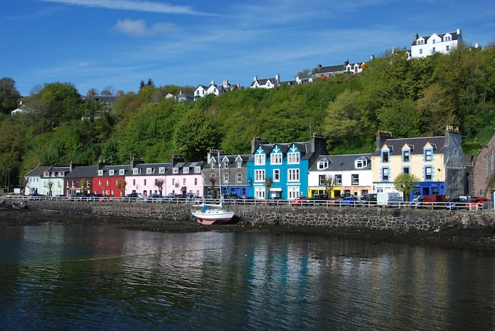 Large family e/s B&B room on Tobermory harbour