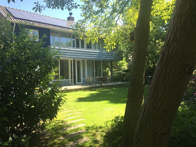 Family Villa Near Beach & Amsterdam City 280m2