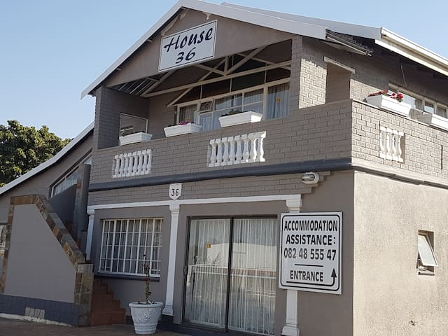House 36 - Close to OR Tambo - Breakfast Incl. (C)