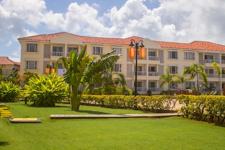 Private,Luxury 5 Star Apartments,Oysterbay.