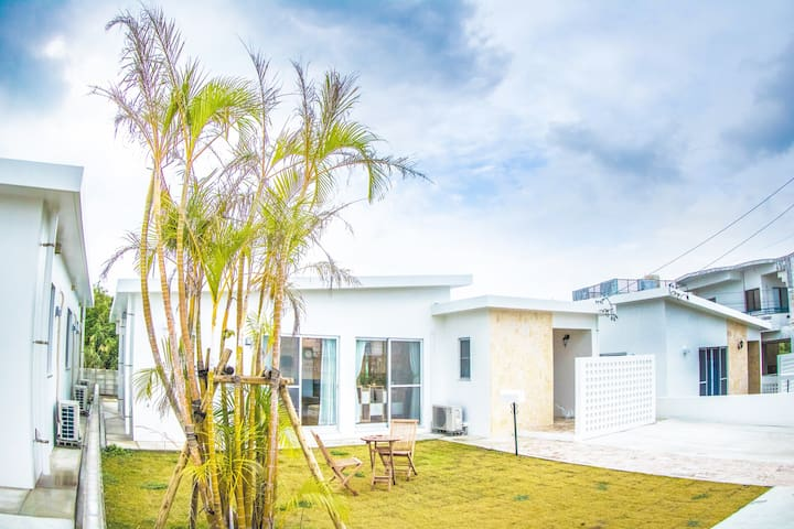★New★ Royal Forest★ 沖縄高級外人住宅風の美しい一軒家