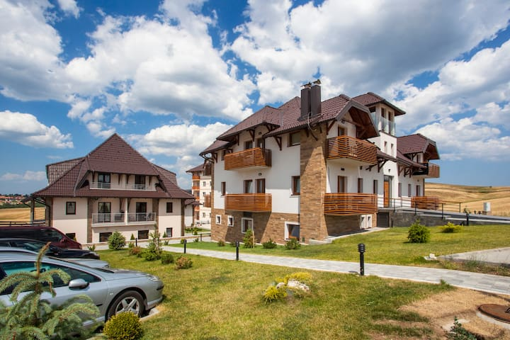 ❆ Cozy&Warm Studio ❆ Parking and Pool Access/ 35m²