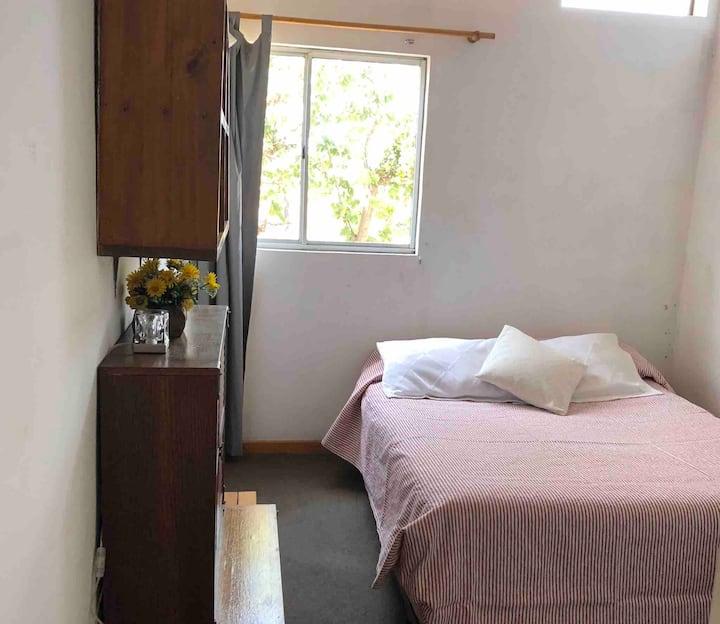 Alojamiento para 2 personas, baño y cocina PRIVADA