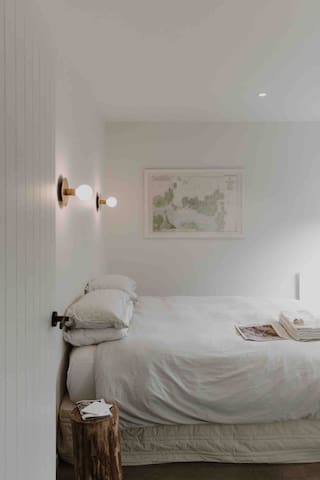 Serene double bedroom with guests own private entry.