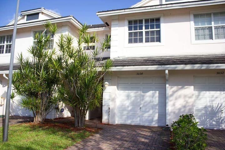 Beautiful townhouse fort lauderdale - Oakland Park - Casa a schiera