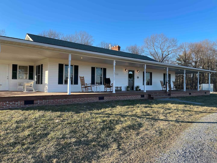 Now available! Country Retreat  close to Bryce