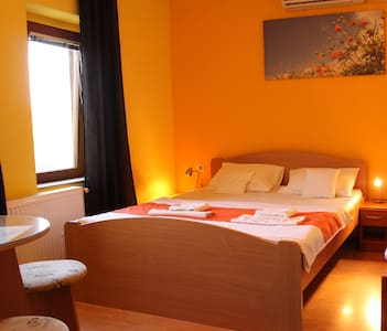 Bed, Breakfast and more in Gat - Subotica - Subotica