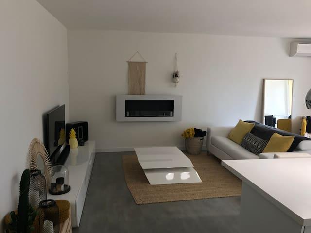 Appartement T3 à CASSIS,  Piscine,jardin,parking