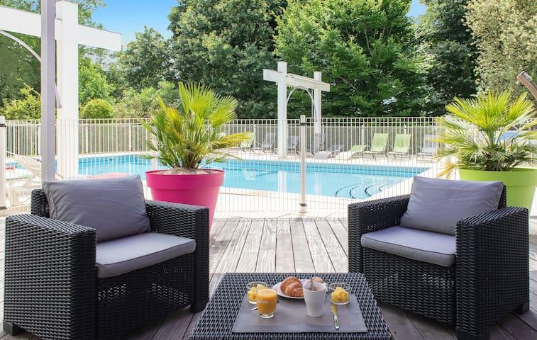 Long séjour 3 pers piscine parking près de Dax
