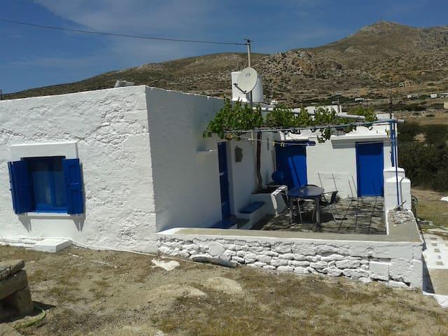 Tina's Cottage