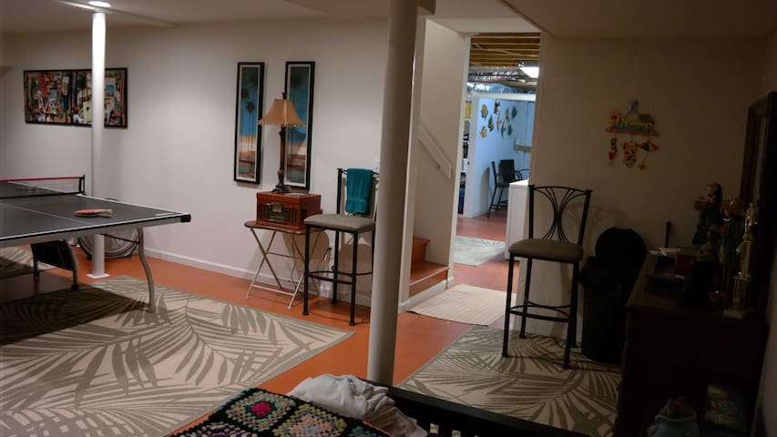 Comfortable room in artist's home 2 - 肯尼索(Kennesaw) - 獨棟