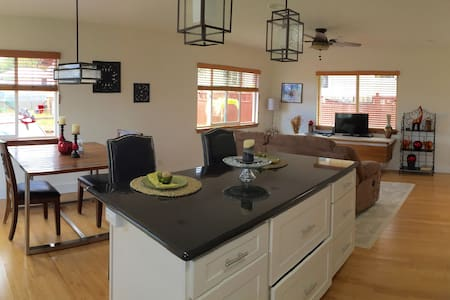 Fully Furnished Short Term Rental - Wahiawa - บ้าน